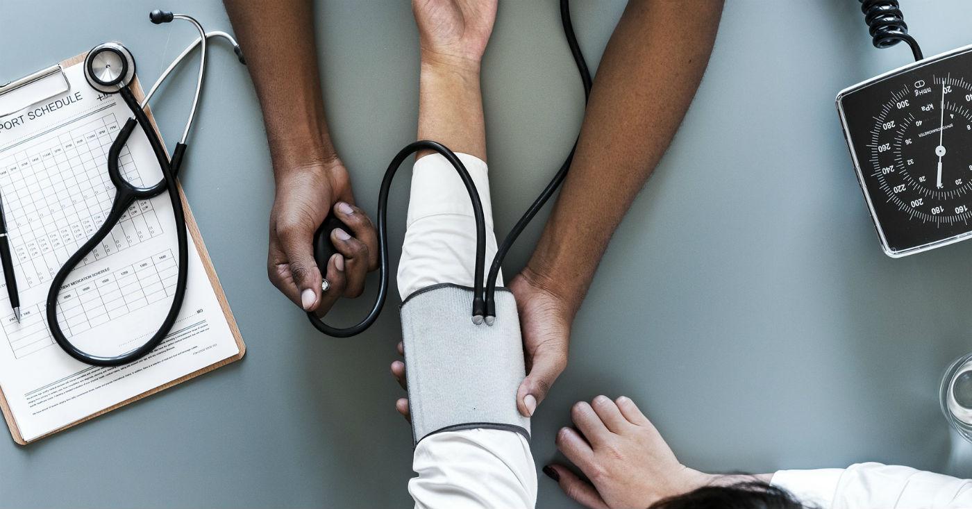 EBC: 2.307 empregados, 2.845 atestados médicos e pedidos de afastamento. Foto: RawPixel / Pixabay
