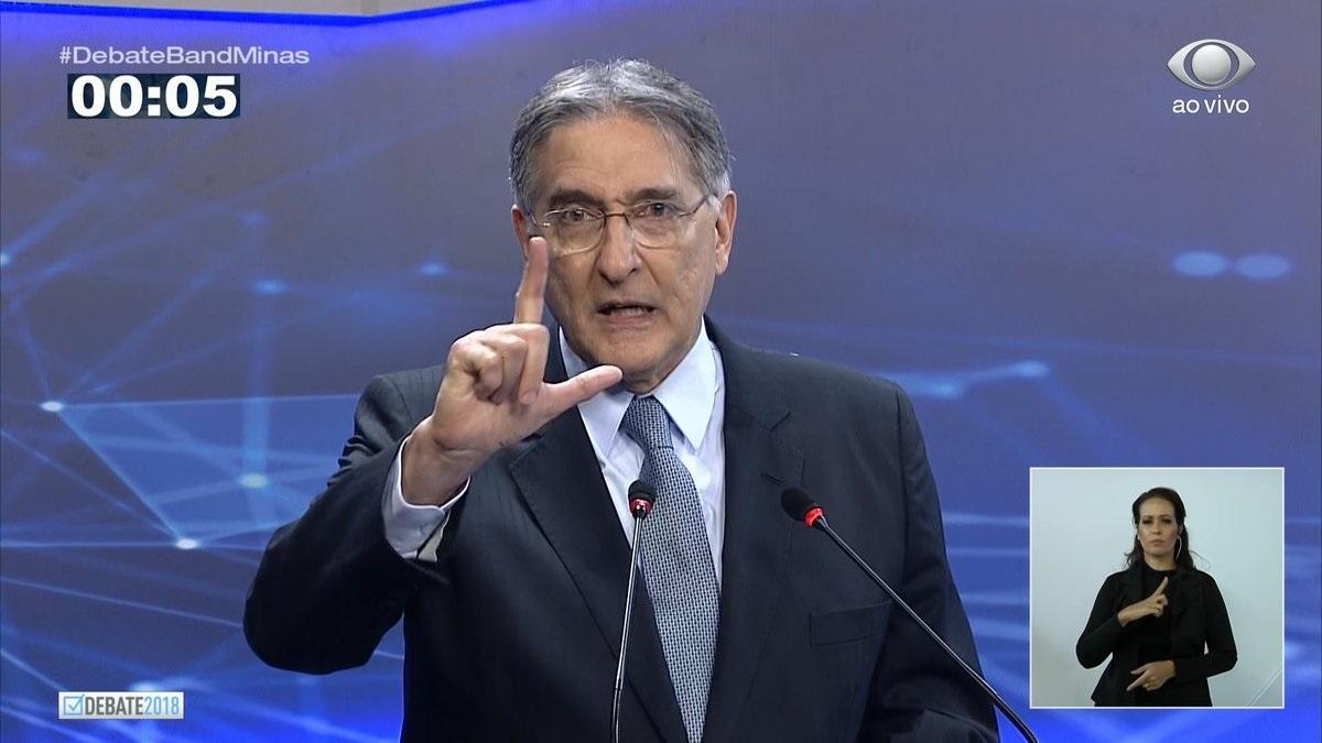 """Fernando Pimentel desistiu de ganhar e agora a ordem é """"lacrar"""". Foto: Reprodução/TV Band Minas"""