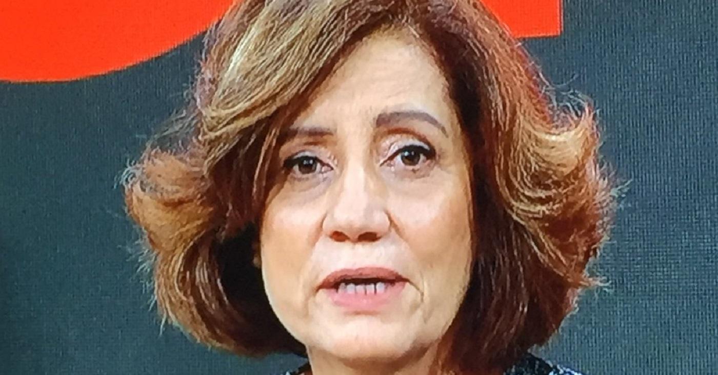 Miriam Leitão segurou os créditos do programa para ler ao vivo editorial da direção da Globo. Imagem: Reprodução/Globonews