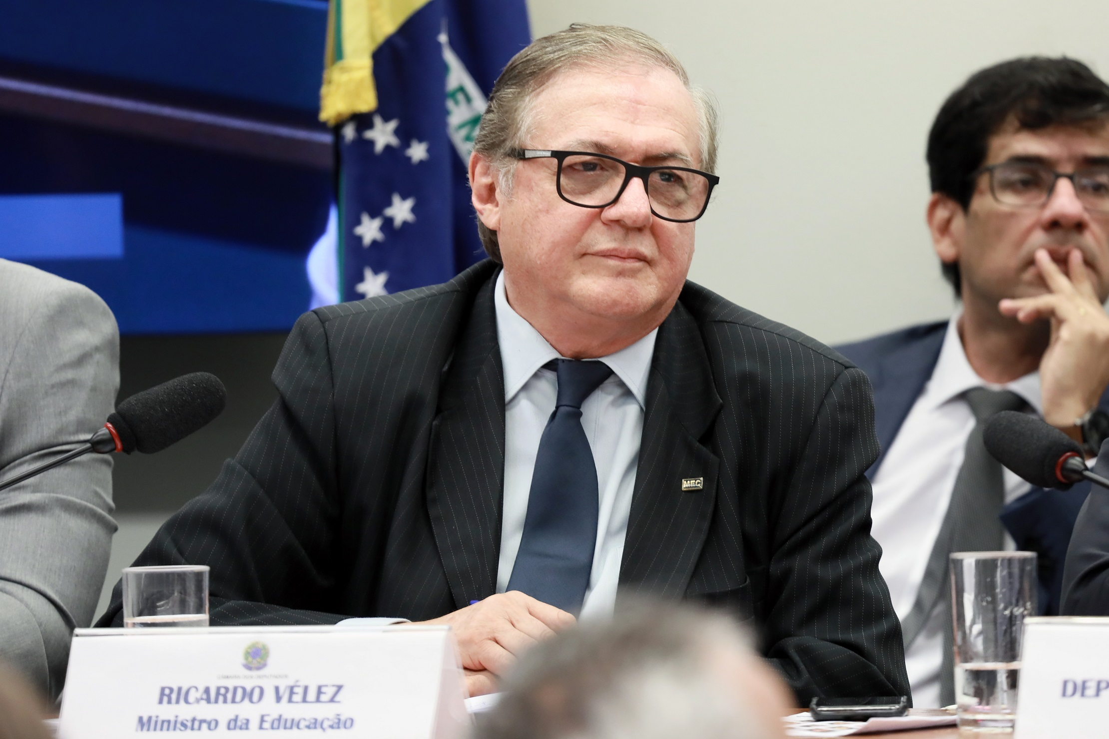 Vélez em sabatina na Comissão de Educação: apanhou, mas foi segurado. Foto: Cleia Viana/Câmara dos Deputados